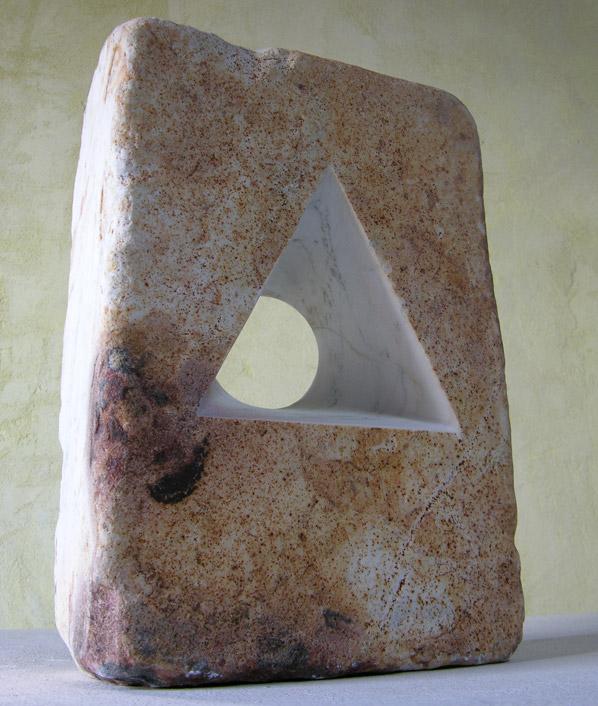 DIVENIRE-marmo-statuario-di-carrara-patinato--40x28x11cm-2011-(2)