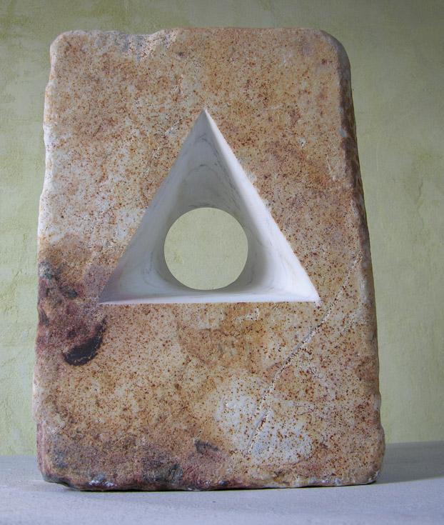 DIVENIRE-marmo-statuario-di-carrara-patinato--40x28x11cm-2011-(3)